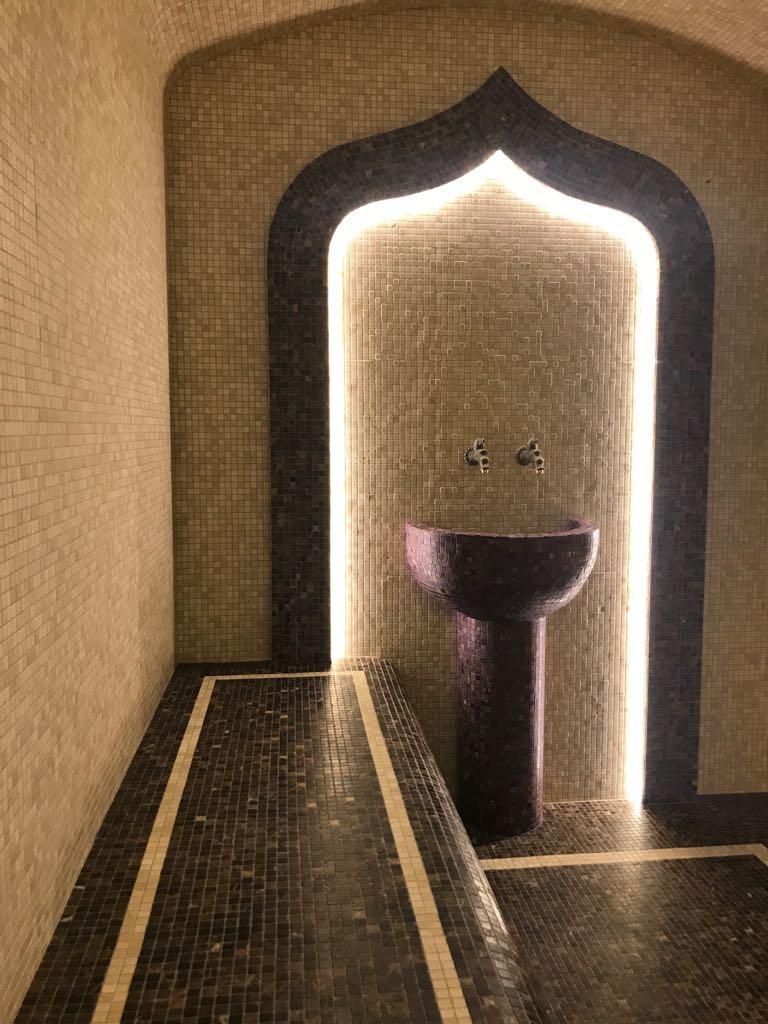 Строительство хамама и бассейна в загородном особняке