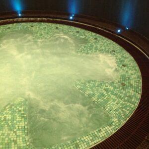 Строительство бассейна с морской водой